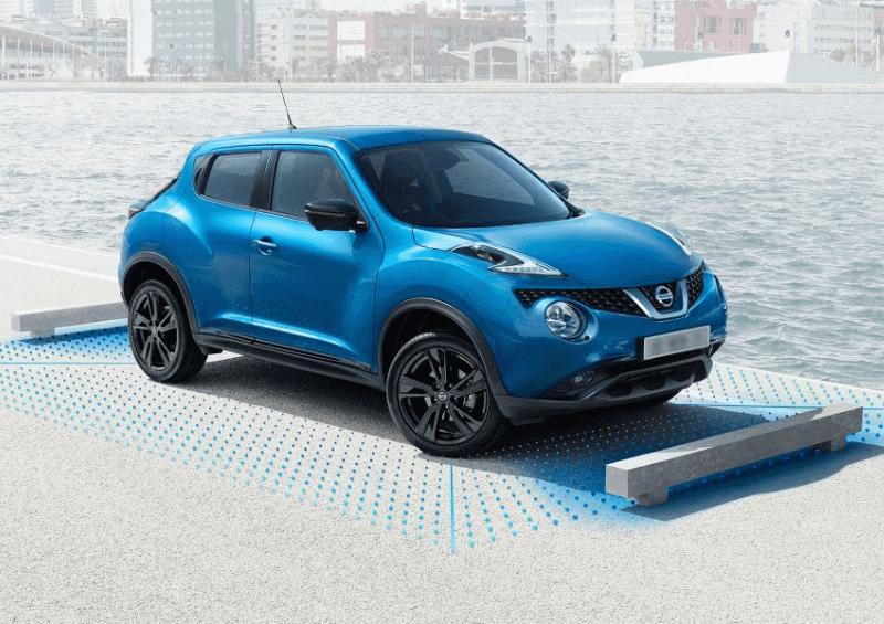 Nissan Juke in blue