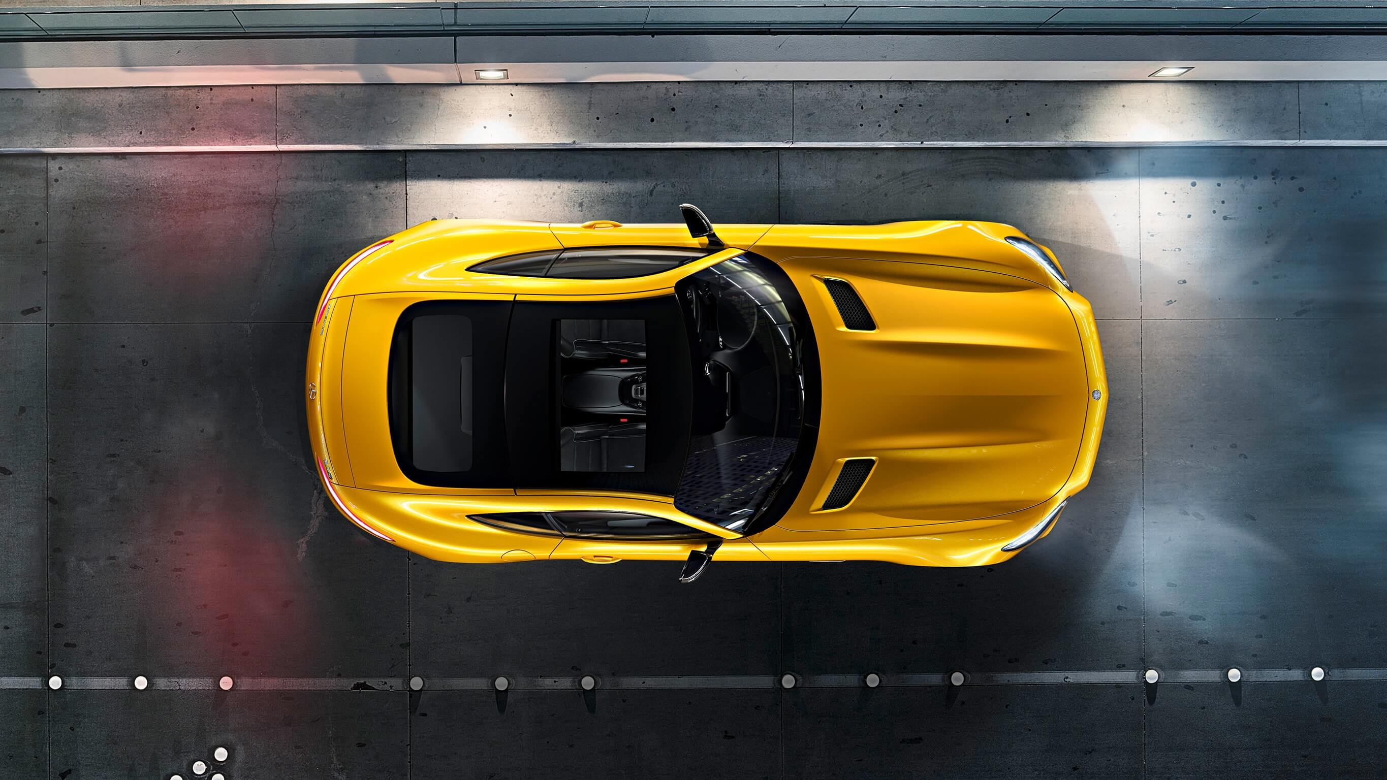 Mercedes AMG GT S roof